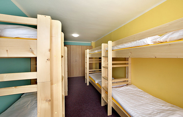 Httpwwwhotel racekcz Picture Boarding House 8 bed
